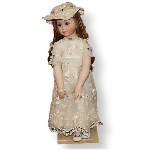 Кукла Аделина