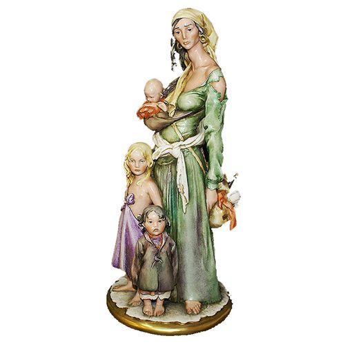 Статуэтка Цыганка с детьми