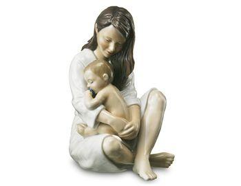 Статуэтка Мама с младенцем